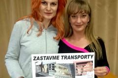 Iva-PazderkovaSandra-Pogodova-pro-Spolecnost-pro-zvirata-March-20017
